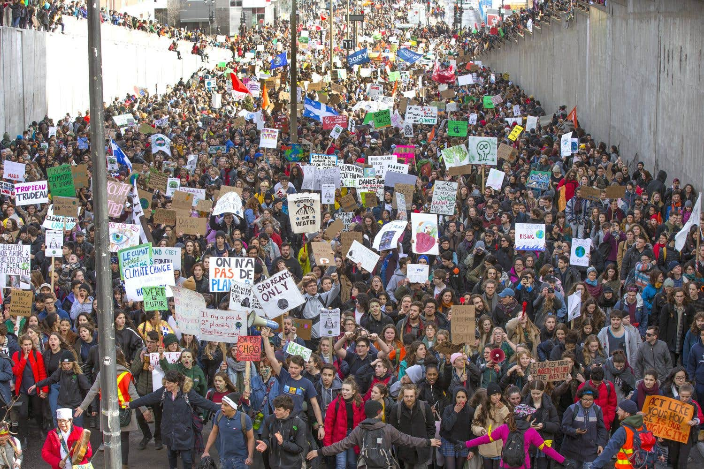 Les jeunes en marche pour la planète