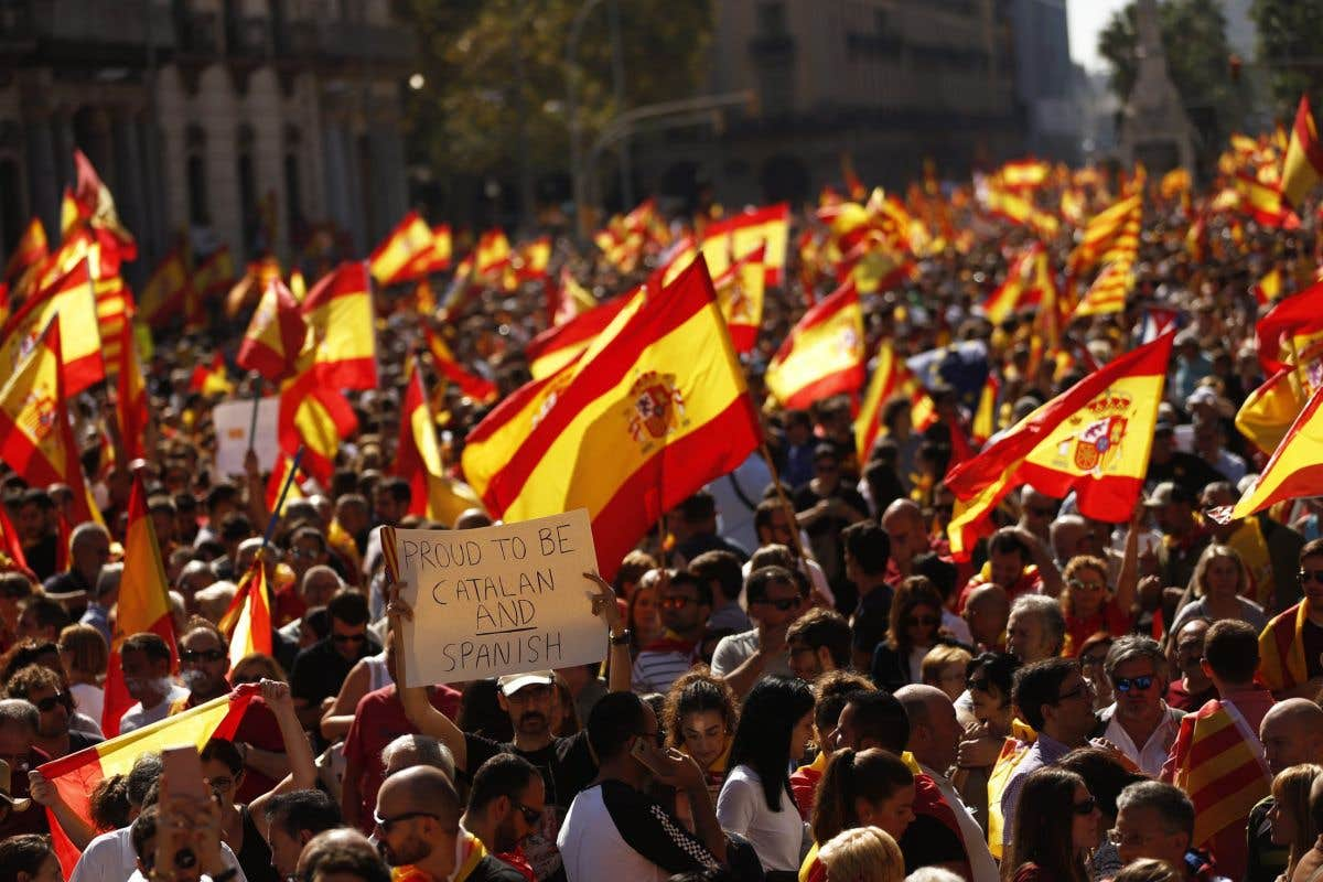 Pression et incertitude en Catalogne
