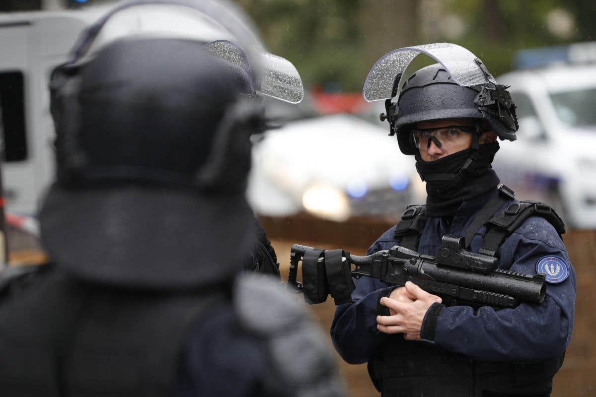 L'enquête sur l'attaque au couteau à Paris