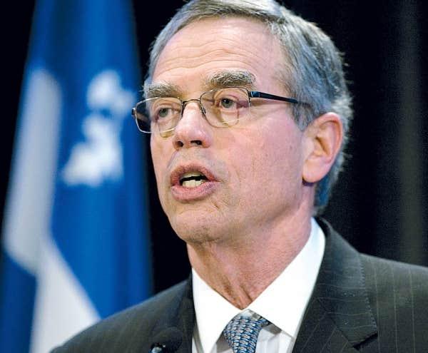 Joe Oliver: «Il y a eu des discussions dans le secteur privé à propos des possibilités de faire voyager du pétrole vers l'est du pays.»
