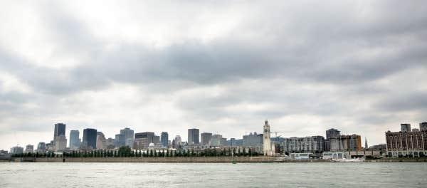 Montréal ferait aussi bonne figure que des villes comparables si ceux qui l'administrent étaient plus inspirés et si les gouvernements supérieurs s'en préoccupaient, dit L. Jacques Ménard.