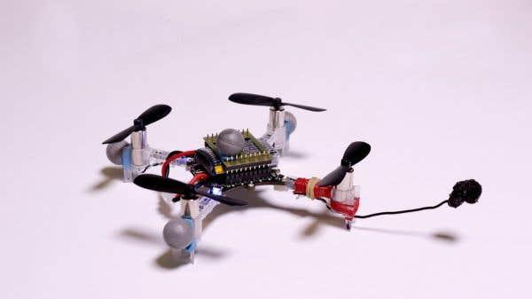 Le drone utilisé par l'équipe d'étudiants