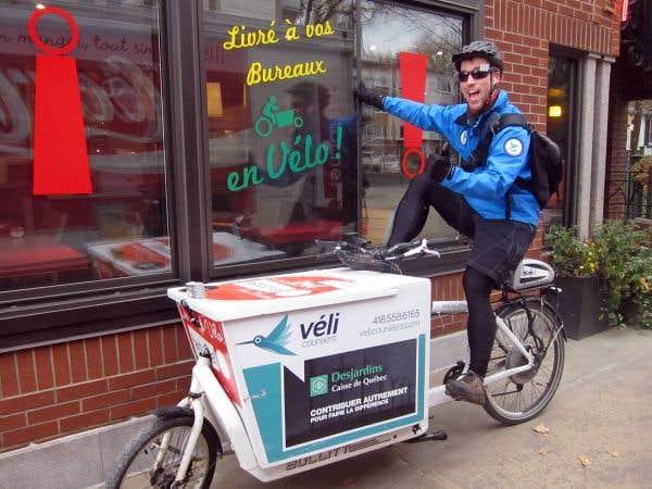 Véli Coursiers, compagnie créée en 2011, livre «proprement» à ses clients à Québec (véhicule ou vélo électrique).