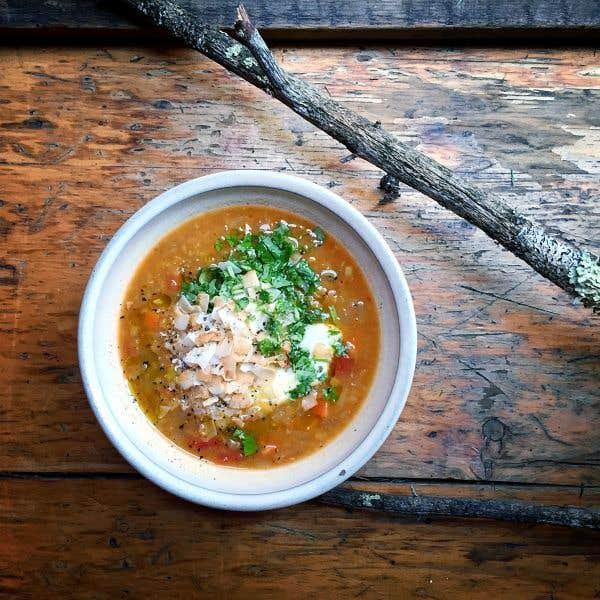 recette de soupe aux lentilles rouges l indienne de chez olive gourmando le devoir. Black Bedroom Furniture Sets. Home Design Ideas