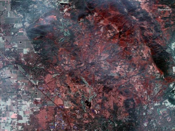 Les flammes détruisent Santa Rosa