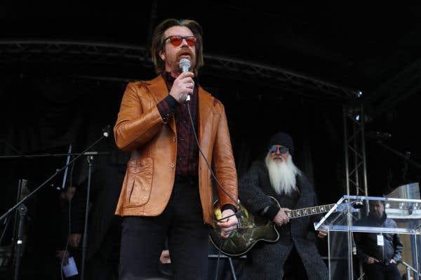 L'hommage inattendu des Eagles of Death Metal aux victimes du 13 novembre