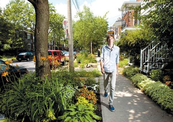 Laurent Richer, qui habite rue Des Écores, à Montréal, a lancé le projet de transformer sa rue en aménageant des espaces verts là où le béton était roi.