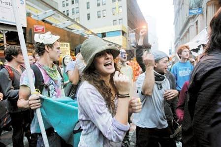Occupy Wall Street ne se rattache &agrave; aucune tendance politique en particulier. On y retrouve des anarchistes, des marxistes, des socialistes, mais aussi des d&eacute;mocrates et de bons capitalistes.<br />