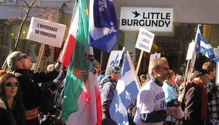 Lors d&rsquo;une marche qui s&rsquo;est d&eacute;roul&eacute;e la fin de semaine derni&egrave;re &agrave; Montr&eacute;al, les manifestants r&eacute;clamaient que les commerces s&rsquo;affichent en fran&ccedil;ais.<br />