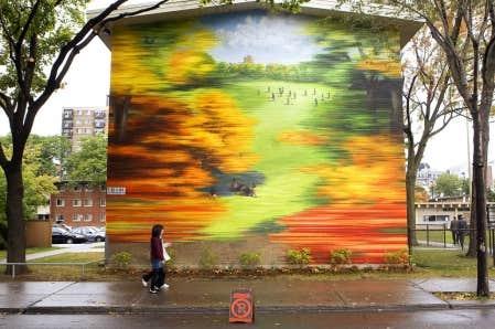 David Guinn et Phillip Adams ont compl&eacute;t&eacute; une s&eacute;rie de murales aux Habitations Jeanne-Mance. <br />