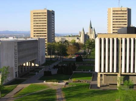 Une partie du campus de l&#39;Universit&eacute; Laval.<br />