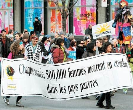 La Marche mondiale des femmes, introduite par le mouvement des femmes au Qu&eacute;bec, a consacr&eacute; la phase de transnationalisation du f&eacute;minisme qu&eacute;b&eacute;cois tout en maintenant la distance avec les organisations f&eacute;ministes du Canada anglais.<br />