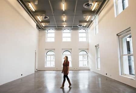 Le nouveau Centre PHI est un lieu de convergence et de polyvalence artistique.