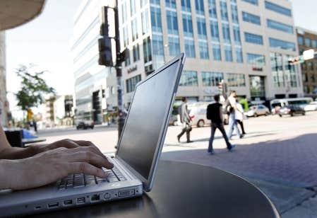L'informatique est un domaine d'étude qui attire énormément de jeunes.