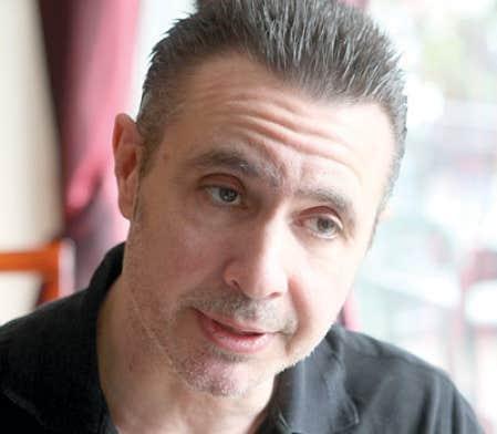 Pour le chorégraphe Édouard Lock, la décision d'Ottawa « aura des conséquences néfastes sur l'expansion de la danse québécoise ».