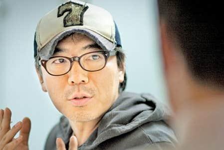 <div> Kim Jee-woon sur le tournage du film J&rsquo;ai rencontr&eacute;? le diable.</div>