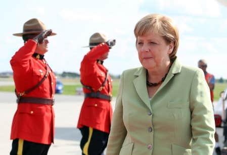 <div> Angela Merkel lors de son arriv&eacute;e &agrave; Ottawa mercredi</div>