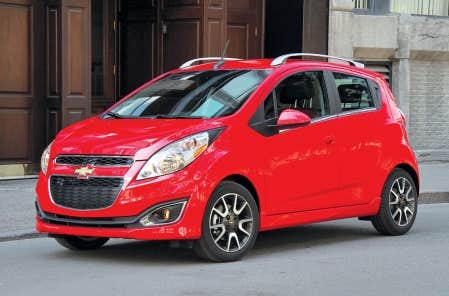 chevrolet spark 2013 petite voiture grand pari le devoir. Black Bedroom Furniture Sets. Home Design Ideas