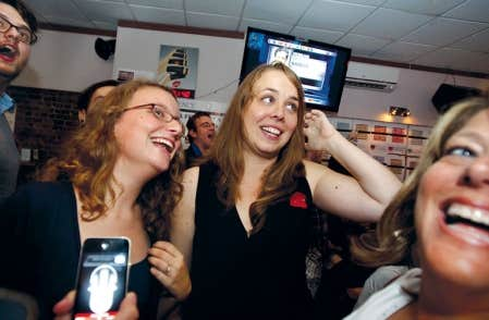 La présidente de la Fédération étudiante collégiale du Québec, Éliane Laberge, et la présidente de la Fédération universitaire du Québec, Martine Desjardins, n'ont pas caché leur joie mardi soir.