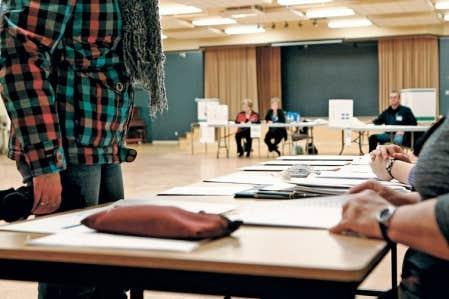 Environ 10 % des infractions concernent les règles entourant les scrutins.