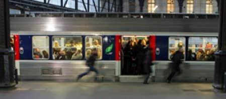 alstom laisse le champ libre bombardier pour les trains parisiens le devoir. Black Bedroom Furniture Sets. Home Design Ideas