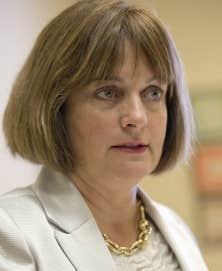 Julie Miville-Dechêne avait au départ émis des réserves au sujet du projet péquiste de charte de la laïcité.