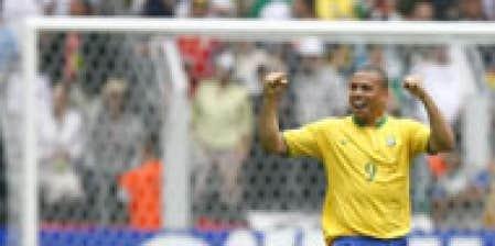 Ronaldo meilleur buteur de l 39 histoire avec 15 buts le - Le meilleur buteur de la coupe du monde ...
