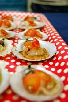 Les petits pétoncles en coquille de la Côte-Nord, d'une fraîcheur et d'une qualité inégalées!