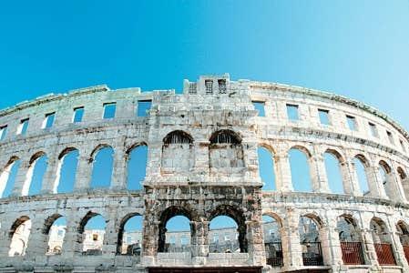 L'amphithéâtre romain de Pula