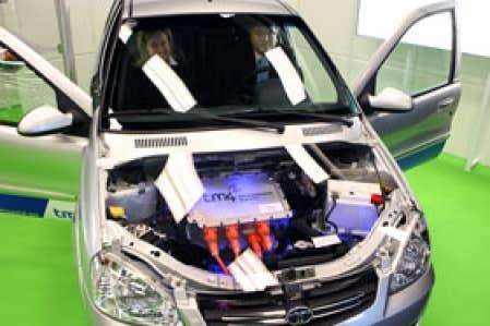 La Indicia, équipée d'un moteur électrique développé par la québécoise TM4, est devenue une vedette instantanée du Salon de l'auto de Montréal.