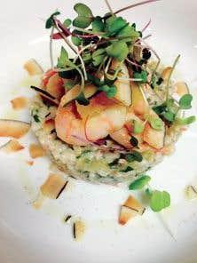 Poisson sur risotto d'orge à la noix de coco avec salade de crevettes nordiques