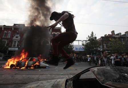 Toronto a &eacute;t&eacute; le lieu de mise en sc&egrave;ne d&rsquo;une violence essentiellement symbolique.<br />