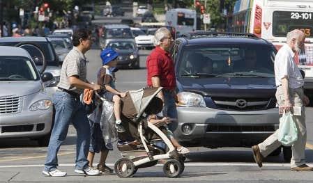 L&rsquo;arrondissement de C&ocirc;te-des-Neiges&ndash;Notre-Dame-de-Gr&acirc;ce a adopt&eacute; un Plan de circulation pour l&rsquo;ensemble de son territoire avec deux objectifs clairs: minimiser le trafic de transit dans les petites rues et maximiser la s&eacute;curit&eacute; des pi&eacute;tons.<br />