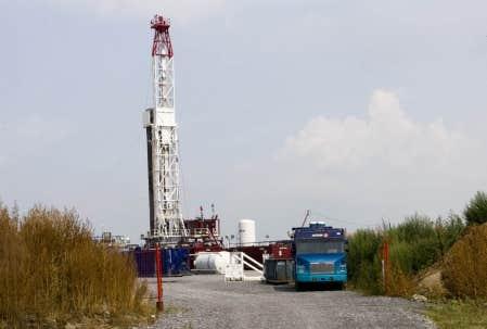 Un puits d&rsquo;exploration gazi&egrave;re a surgi sur une terre agricole de Saint-Thomas-d&rsquo;Aquin, pr&egrave;s de Saint-Hyacinthe, tandis que la prospection s&rsquo;&eacute;tend maintenant &agrave; la r&eacute;gion du mont Saint-Hilaire.<br />