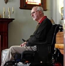 Souffrant de graves probl&egrave;mes neurologiques, Ghislain Leblond r&eacute;clame le droit de &laquo;mourir dans la dignit&eacute;&raquo; le temps venu.<br />