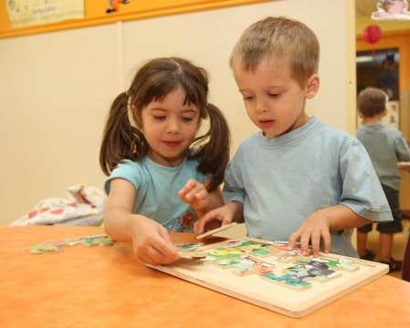 Jeux libres dans une garderie. Le Centre d&rsquo;aide et de soutien aux intervenants et organismes en petite enfance a con&ccedil;u un nouvel outil qui vise justement les petits d&rsquo;&acirc;ge pr&eacute;scolaire.<br />