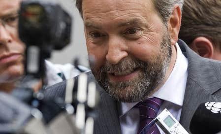 M. Mulcair ne doit son premier rang général qu'à sa grande popularité au Québec, où il est actuellement le choix de 50 % des néodémocrates. Brian Topp est second avec 8 %, alors que Françoise Boivin — qui appuie M. Topp — obtiendrait 5 %.
