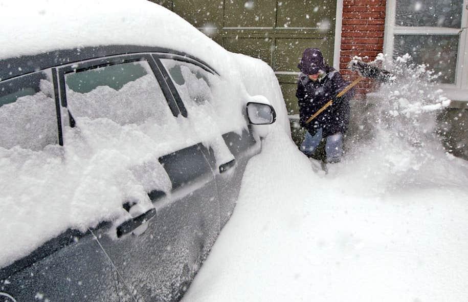 Les chutes de neige ont dépassé les 45 cm dans le corridor Montréal-Drummondville.