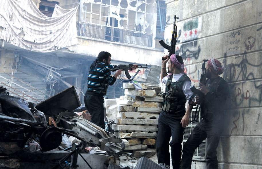 <div> Encore une fois ce week-end, les rebelles syriens ont affront&eacute; les forces loyales au pr&eacute;sident syrien Bachar al-Assad, notamment dans le quartier de Salaheddine, &agrave; Alep.</div>