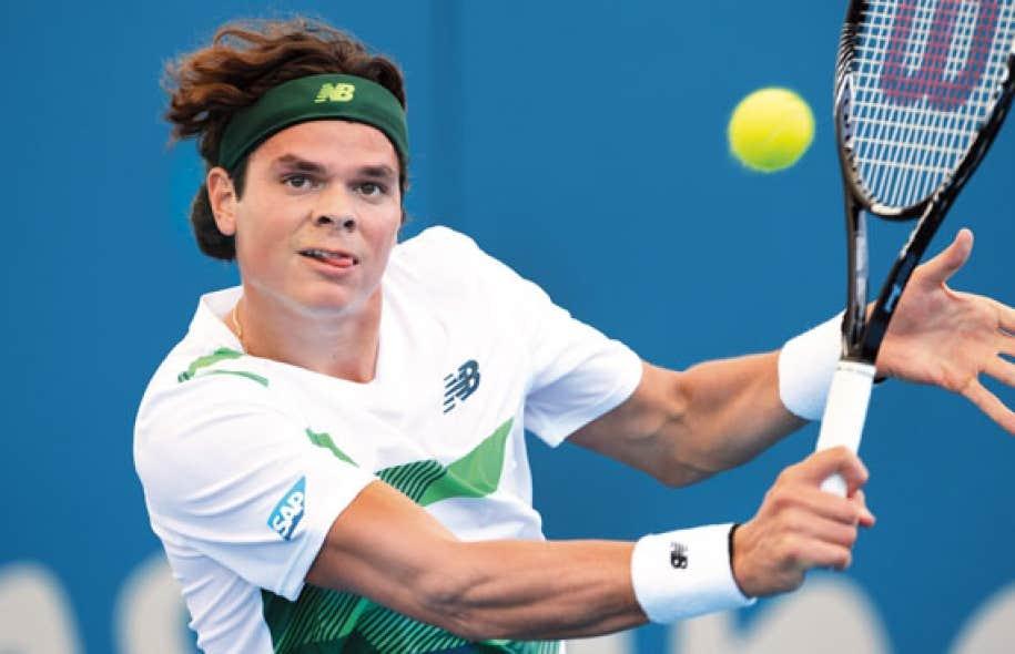 Milos Raonic a subi la défaite contre Grigor Dimitrov, de Bulgarie, au championnat de Brisbane, en Australie.