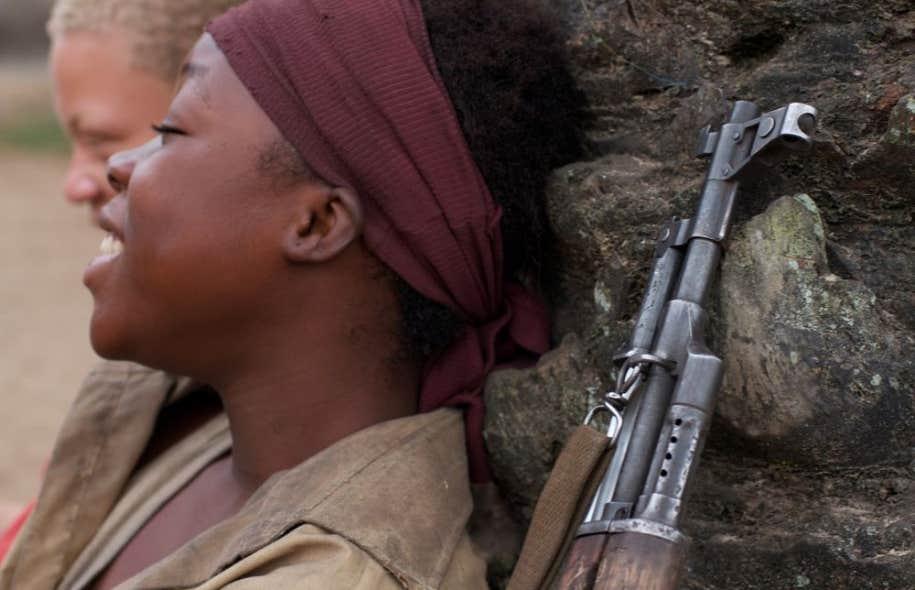 Tourné à Kinshasa, en République démocratique du Congo, «Rebelle» dépeint la dure réalité des enfants soldats.