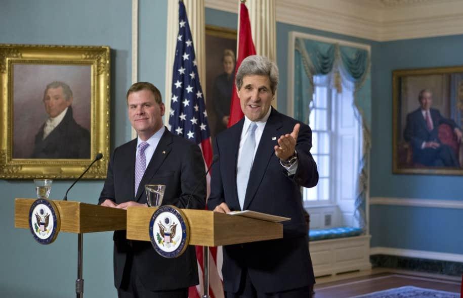 Le nouveau secrétaire d'État des États-Unis, John Kerry, a rencontré vendredi le ministre des Affaires étrangères, John Baird.