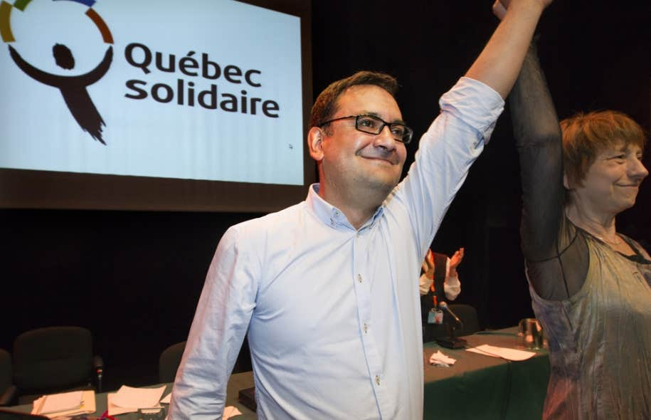 Le nouveau président de Québec solidaire, Andrés Fontecilla, en compagnie de Françoise David.