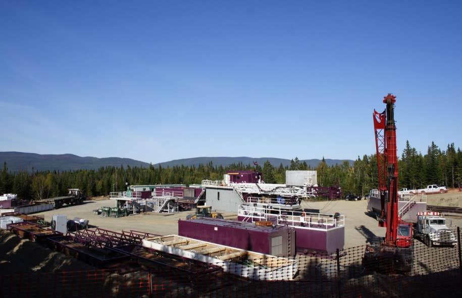 Le puitsHaldimand no.1, de Pétrolia, situé à 1.5 kilomètre du port de Gaspé. L'exploitation pétrolière d'Anticosti nécessiterait 12 000 nouveaux puits de forage sur l'île.