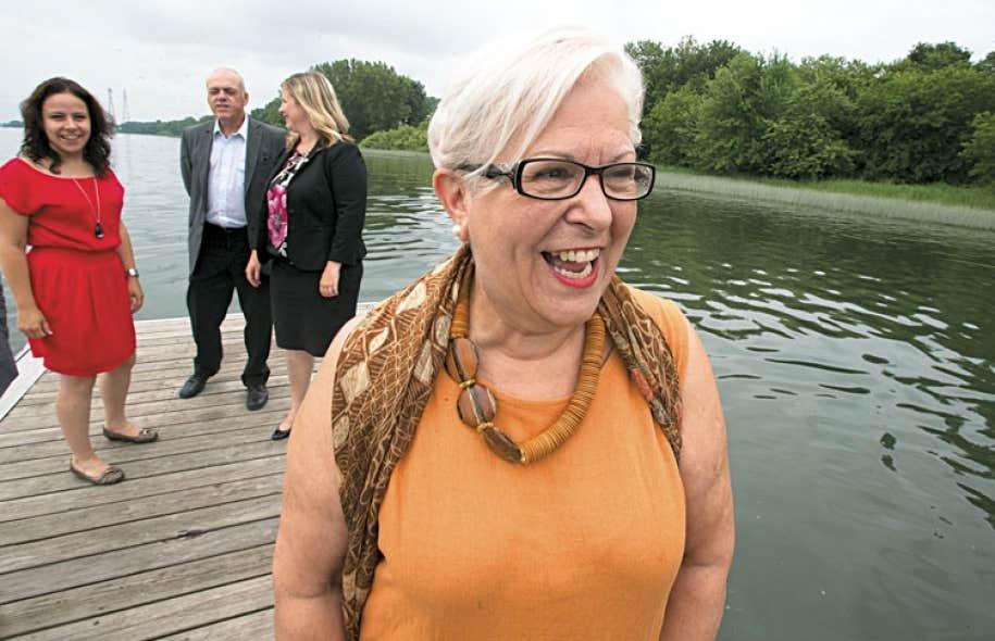 Louise Harel a présenté mardi son candidat à la mairie d'arrondissement de Rivière-des-Prairies–Pointe-aux-Trembles, Michel Taylor.