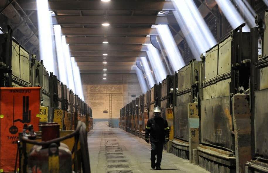 L'usine d'aluminium fait partie du paysage depuis sept décennies à Shawinigan.
