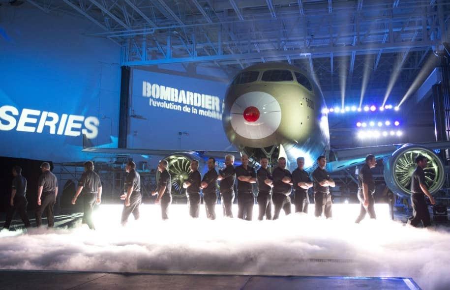 C'était le 7 mars dernier, à Mirabel. Bombardier levait le voile sur son appareil d'essai au cours d'une cérémonie haute en couleur. L'appareil devrait pouvoir voler d'ici peu.