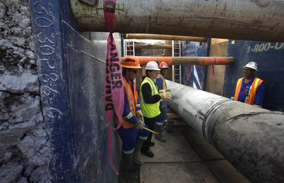 Québec impose 18 conditions à Enbridge pour l'inversion du flux du pipeline 9B