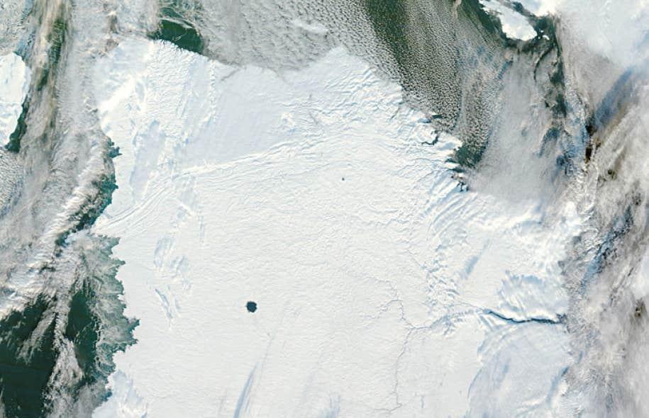 La péninsule d'Ungava, à l'extrême nord québécois, tel que photographiée en novembre 2012 par le satellite américain Aqua.