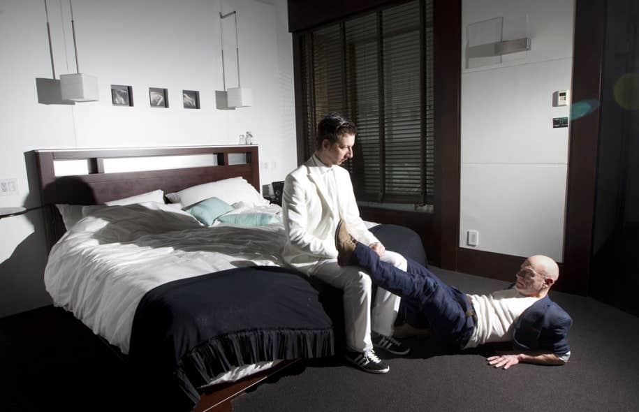 Nuit clos sur le couple le devoir for Chambre de mise en charge